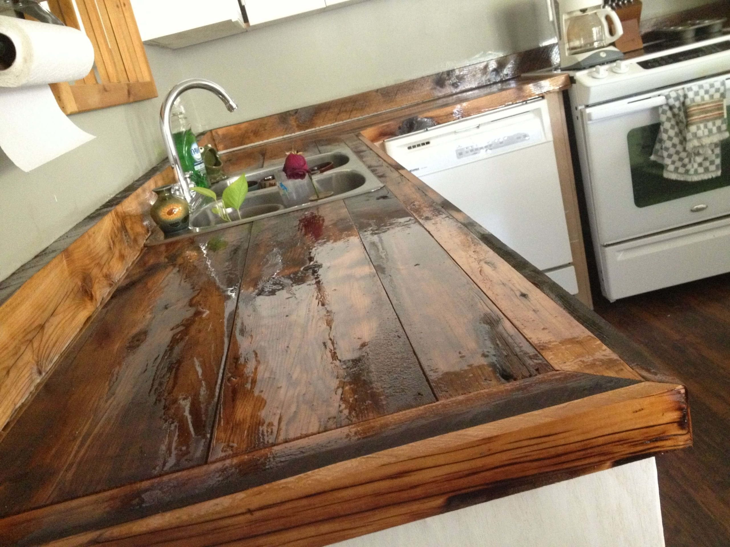 Countertops For Rustic Kitchens
